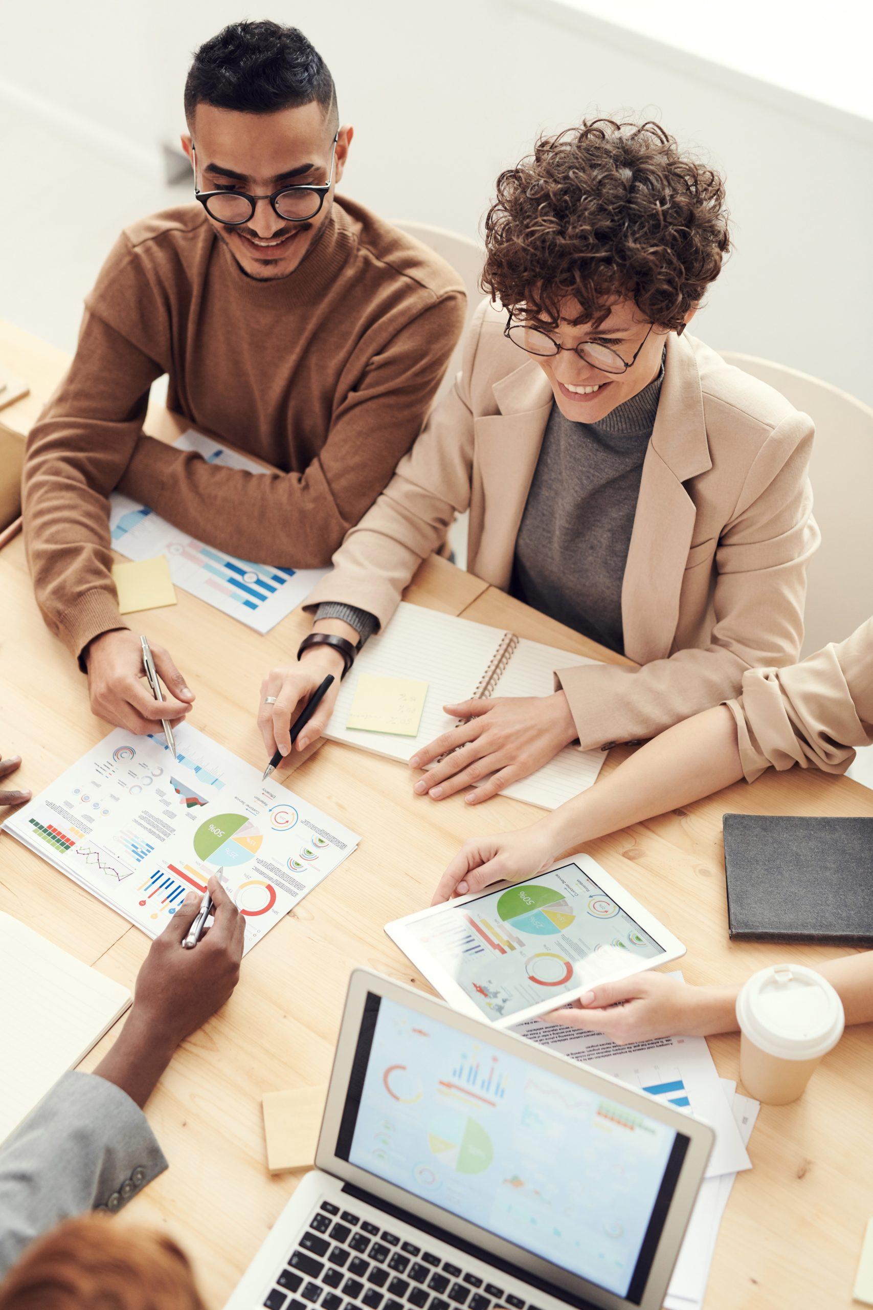 Fundierte Geschäftsmodellinnovation,  Ideengenerierung und Design Thinkin im Team